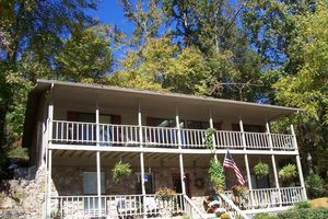 Location de vacances - Retraite Bed and Breakfast Tennessee River! Lakefront! Pas de frais! - Whitwell