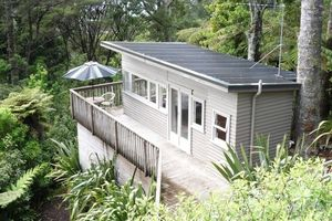 Location de vacances - Rangiwai Retreat studio Titirangi Village Auckland - Titirangi
